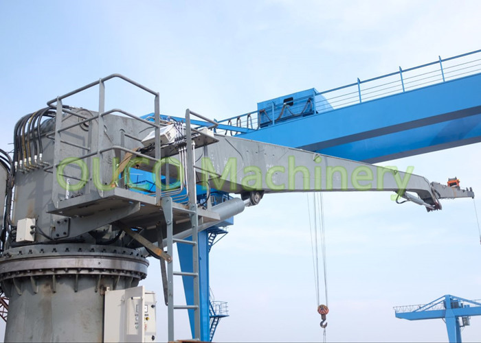 Offshore Knuckle Jib Crane 30 Meter Rust Protection High Loading Efficiency